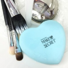 Насадка для мытья кистей MAKE-UP-SECRET Silicone Heart
