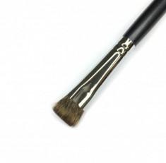 Кисть плоская для растушевки и коррекции носа MAKE-UP-SECRET 540 (белка)