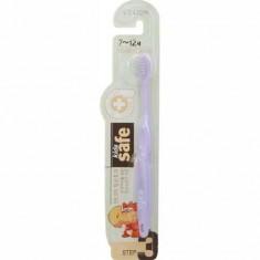 Зубная щетка детская Kids Safe с нано-серебряным покрытием №3 от 7 до 12 лет LION
